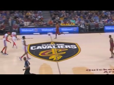 Derrick Rose Takes on 5 Defenders While All Cavaliers Teammates Lazily Walk up the Court!