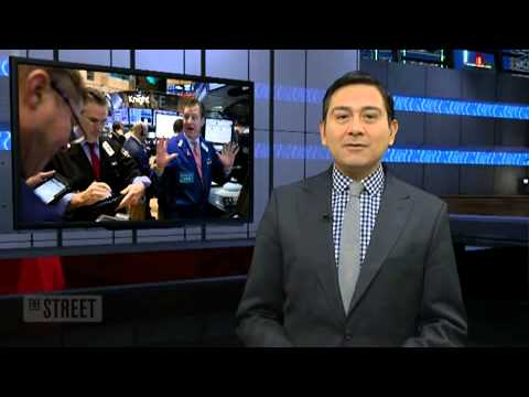 Wall St. Eyes Flat Open; Financials, Boeing in Focus