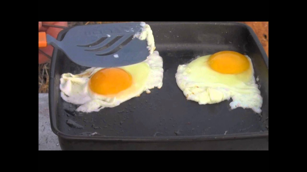 Cooking Bacon & Eggs with the NEW! Ultra-Light Wood ...