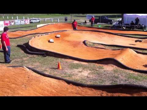 Short Course King Series Round 4 - SCSC - SC 4X4 Open Qualifier Race 3 Round 1 (120311).MOV