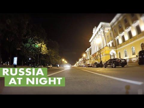 Time lapse: Saint Petersburg, Russia at night