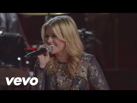 Kelly Clarkson - Don't Rush (CMA Awards Performance 2012)
