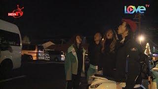 Hotgirl Việt phấn khích khi thở ra khói dưới trời đêm ở chân núi Phú Sĩ - Nhật Bản thumbnail