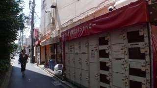 alley to alley in shin-okubo, shinjuku tokyo jp  aug 2016