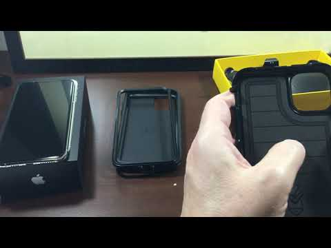 iphone-11-pro-max-and-otterbox-defender-case