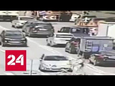 Полицейский сбил женщину с коляской: начата служебная проверка