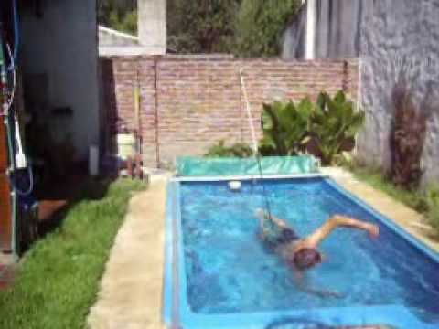 Nataci n est tica en piletas dom sticas sistema 2 youtube for Piscina espacio reducido