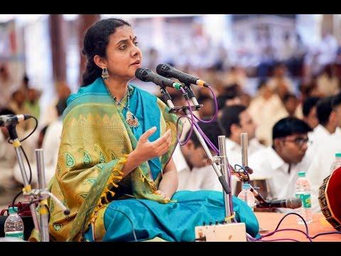 Carnatic Classical Concert by Smt. Gayathri Girish at Prasanthi Nilayam - Oct 30 2015