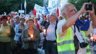 Kolejny dzień protestów w Olsztynie przeciwko zmianom w sądownictwie