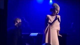 lady gaga performs at amFAR gala 2015 !