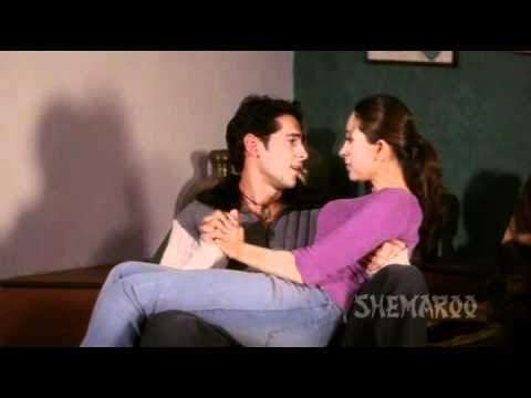 Baaz - Karishma Kapoor - Dino Morea - Raj Pampers Neha - Best Hindi Romantic Scenes thumbnail