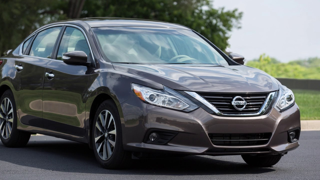 Nissan Altima: Heater and air conditioner (automatic)(if so equipped)