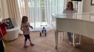 Семейная импровизация Игоря Николаева, Юлии Проскуряковой и их дочери Вероники