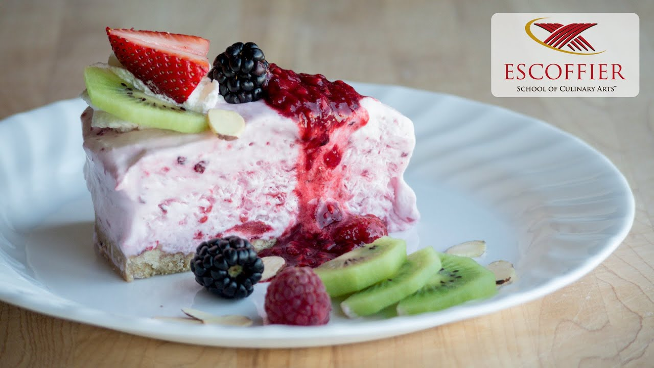berry chantilly cake how to make frozen berry chantilly cake 1645