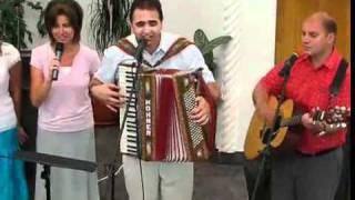 Cornel Cuibus feat Friends Sa cante tot poporul