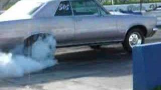 1965 GTO burnout with slicks