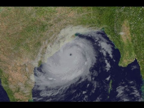 Cyclone Phailin makes landfall in Odisha