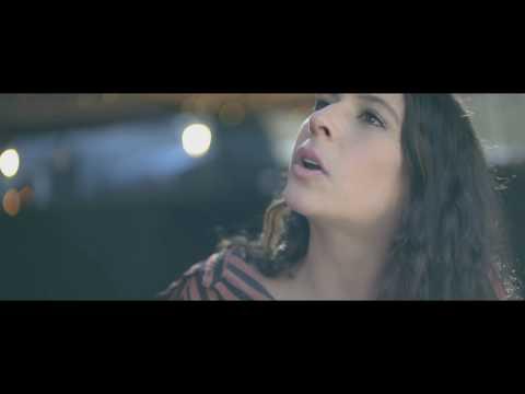 Carlitos Rossy X Gustavo Elis - El Contrato (Video Oficial)