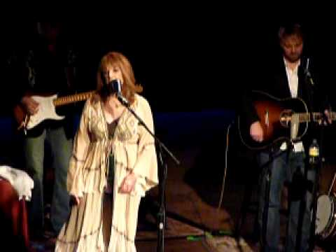 Patty Loveless, You Don't Even Know Who I Am