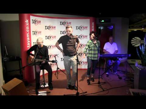 Deacon Blue Live at Radio Tay Part 3 - Twist and Shout