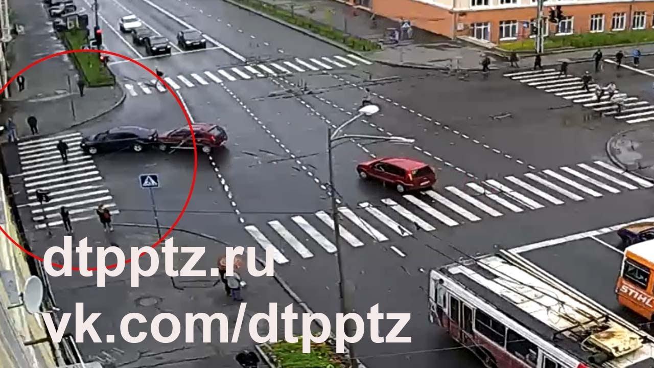 Вернул пешехода к месту ДТП