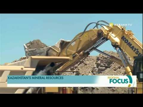 What types of mineral resources does Kazakhstan export?