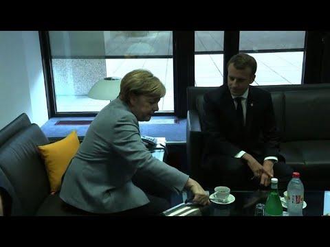 Catalogne: Merkel et Macron soutiennent le gouvernement espagnol