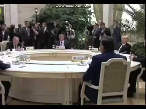 Каримов и Атамбаев  Братишка, не надо меня учить!