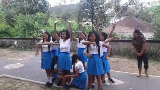 Download Video Dance SMK DWIJENDRA GIANYAR #harisumpahpemuda MP3 3GP MP4