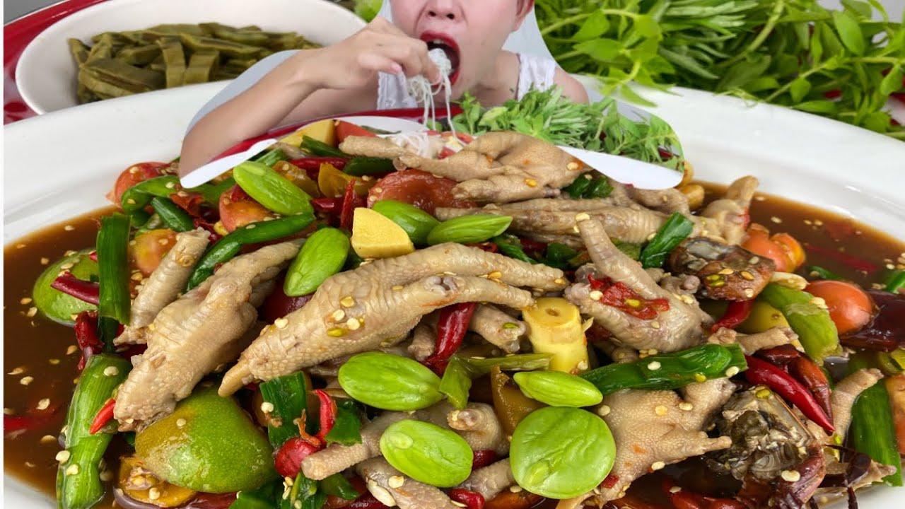 ตำตีนไก่น้ำปลาร้านัวๆขนมจีนเหนียวนุ่มสะตอเหม็นๆจ้า 9/7/2020