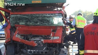 12.09.2018 - VN24 - Eingeklemmter LKW-Fahrer steigt nach Rettung selbst aus