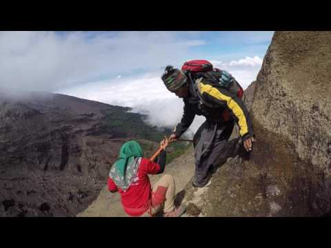 Lensa AWANI: Gunung Raung, Jawa Timur, Indonesia