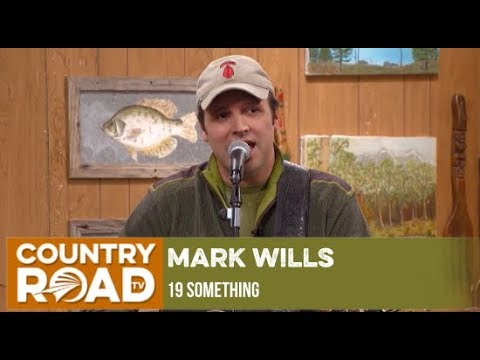 "Mark Wills sings ""19 Something"" on Larry's Country Diner"