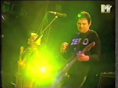 Smashing Pumpkins - 'Today', Interview, and 'Zero' (Live at Reading Festival) [1995]