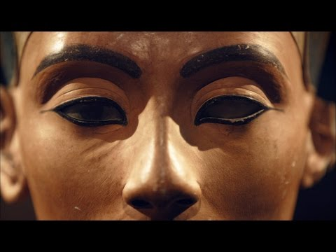 A Convicted Forger Calls Nefertiti's Bust a Fake