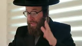 Short Humor: Comedian Yoely Lebowitz As Substitute For His Kids.