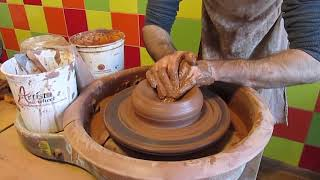 як зробити з глини глечик