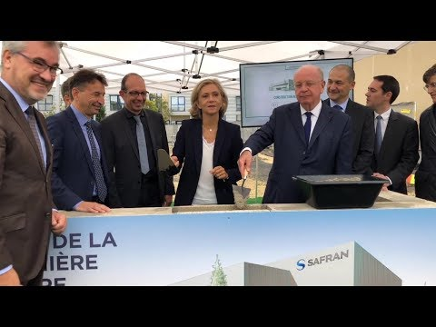 Safran lays cornerstone for new research lab near Paris