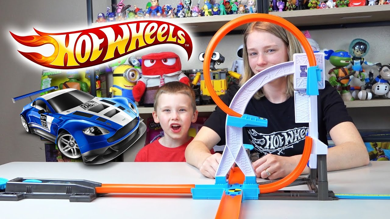 Embark on adrenaline-charged challenges and imaginative adventures with authentic hot wheels tracksets. Shop at the official hot wheels website today!