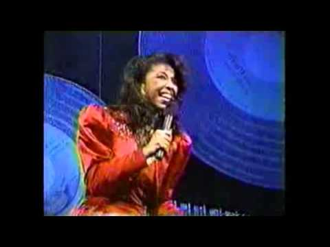 #nowwatching @NatalieCole LIVE - Aint Nobodys Business