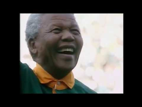 South Africa vs New Zealand - 1995 Rugby World Cup final (anthems + haka)