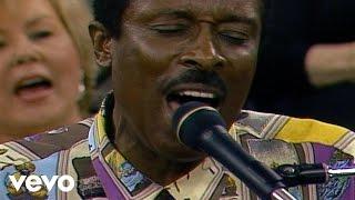 Bill & Gloria Gaither - Sanctuary [Live] ft. Jessy Dixon