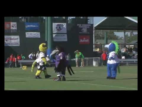 NFL Mascots Exhibition vs. Pop Warner Players