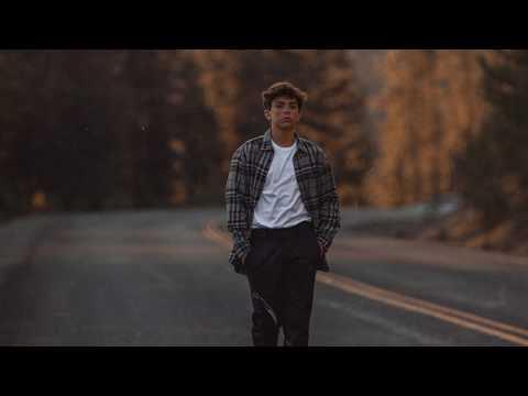 AUSTN - Mean (Official Lyric Video)