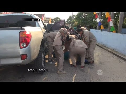 Penangkapan Pelaku Narkoba Pembawa Senjata Api di Jalan - 86