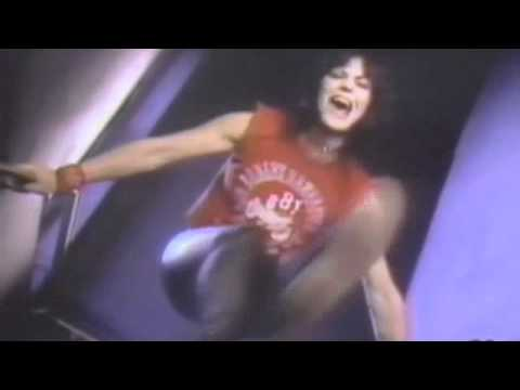 Joan Jett - I Love Playing With Fire