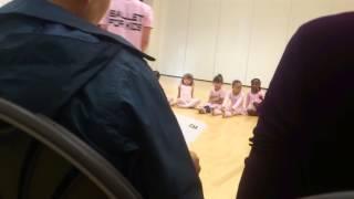 Школа балета для детей. Урок у Полины.