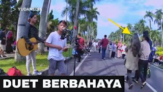 Menemukanmu - Duet Duo Ganteng Musisi Jalanan Malang Suara Merdu Penuh Penghayatan