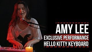 Evanescence's Amy Lee Performs Using a Hello Kitty Keyboard