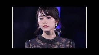 """桐谷美玲、内山理名のヨガレッスンで""""木のポーズ""""披露「手足長い」「綺..."""